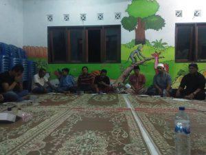 Pembacaan doa dan Wasilah Oleh Mas Amri untuk mengawali Majlis Gugurgunung malam ini